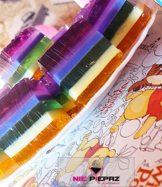 kolorowe kostki z galaretek